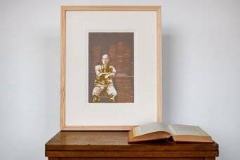 Els Pardon beeldend kunstenaar houtsnede man met boeken